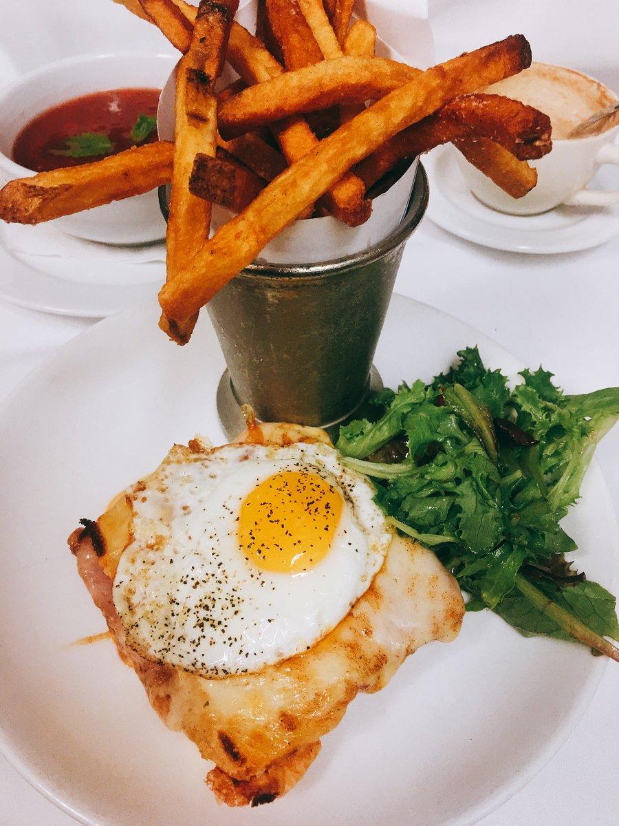 Monday morning cheesy goodness  #jacques #restaurant #cheese #frenchrestaurant<br>http://pic.twitter.com/jQqO5frGro