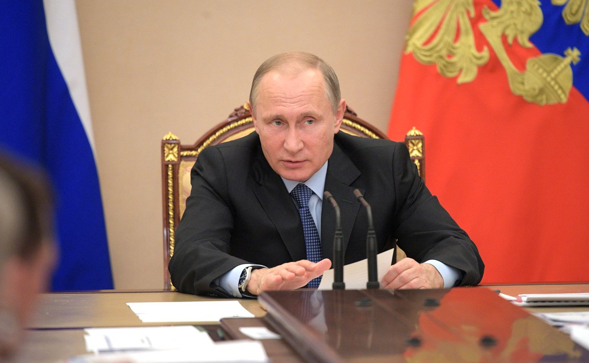 #President #Putin held a meeting on economic issues and #demography at the #Kremlin.   http://www. putin.blog/2017/06/presid ent-russian-economics-demography.html &nbsp; …  #news #Russia #Economics<br>http://pic.twitter.com/dMrD5opHYW