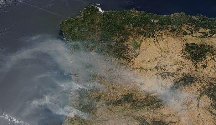 Imagen de la NASA de los incendios de Portugal