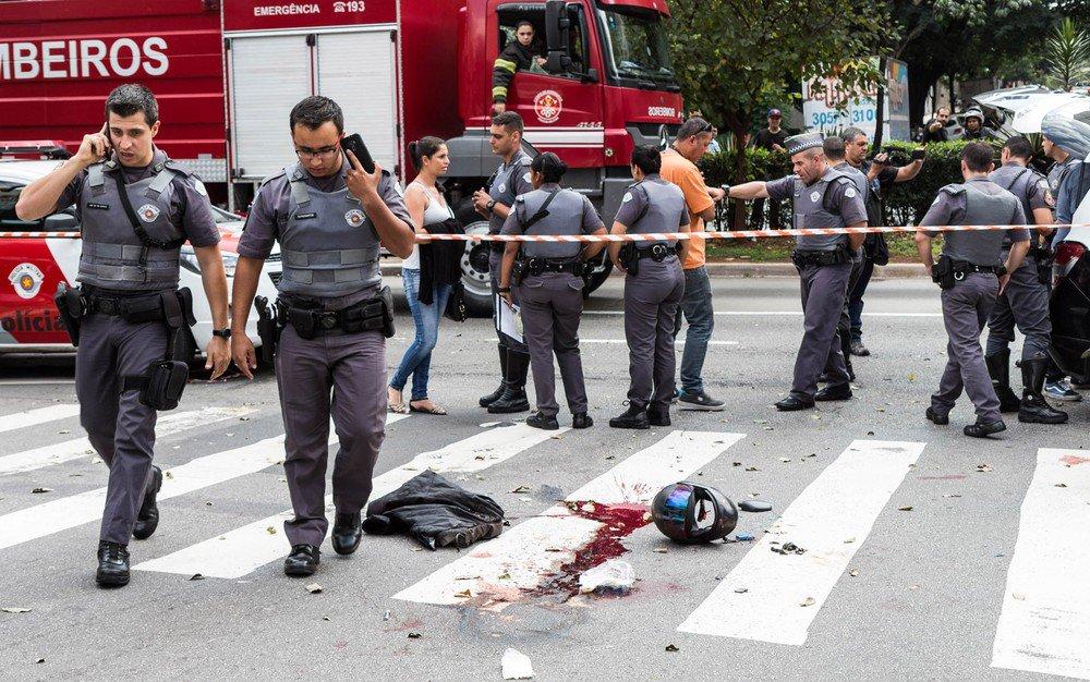 PM à paisana é assassinado em movimentado cruzamento nos Jardins, em SP https://t.co/YJVUJyWJ0U #SP #G1