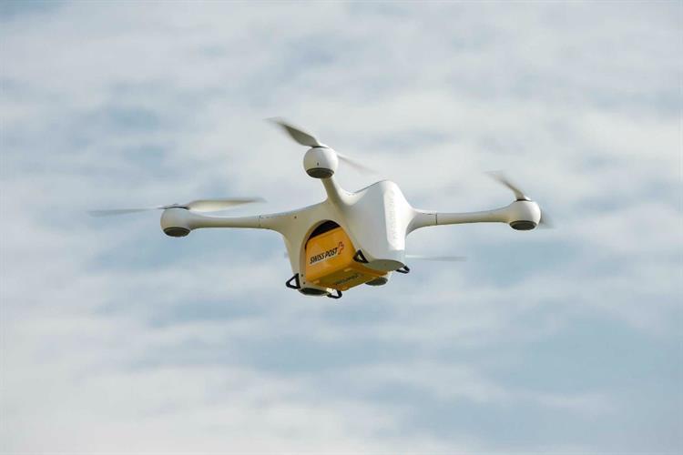 Dronevoou ao lado de avião a 1200 metros de altitude em Lisboa https://t.co/KRxtH19jFH