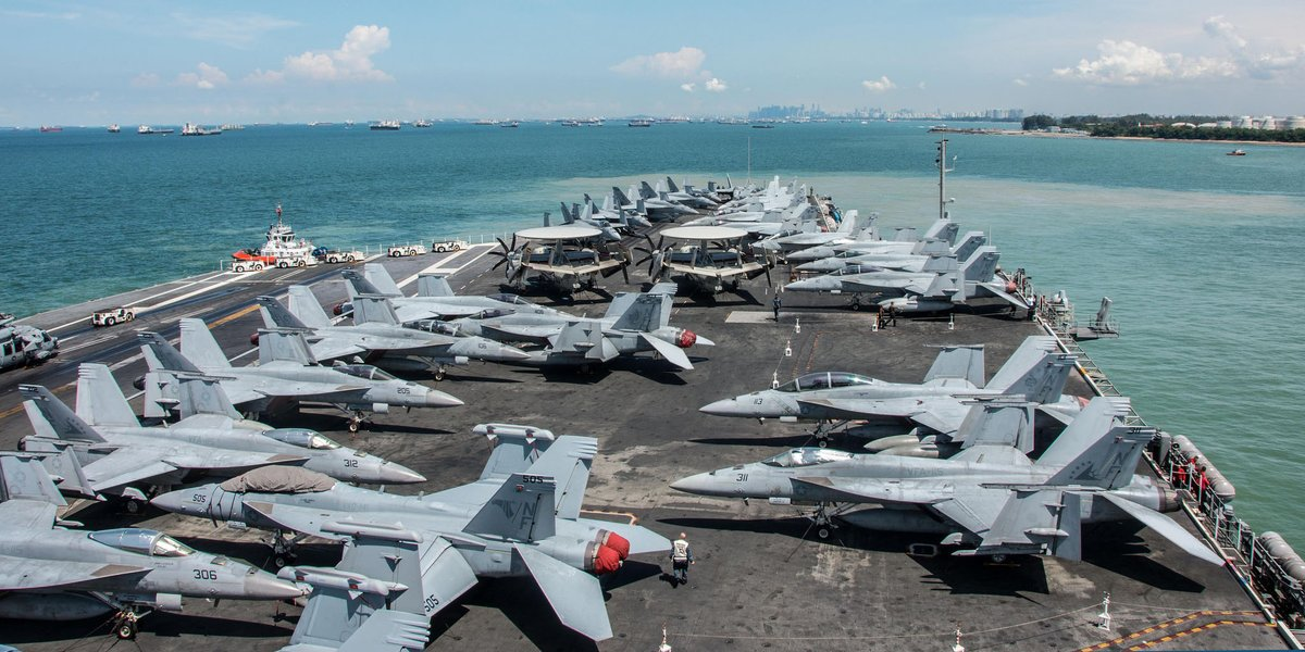 "U.S. Pacific Fleet on Twitter: ""#USSRonaldReagan Carrier Strike Group visits #Singapore in midst of @US7thFleet patrol - https://t.co/nV7wcAa1UM… """