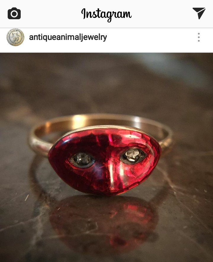 @JCareyAuthor - I thought you might like this red enamel mask ring with diamond eyes! It&#39;s for sale!! #Joie <br>http://pic.twitter.com/6GzGr7aUlD