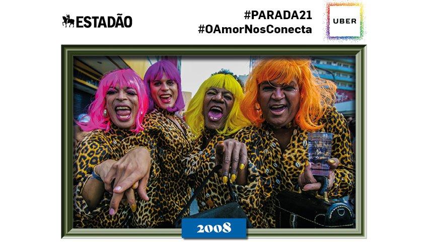 @sarahsnts Olá! Você está celebrando a #paradasp com a gente! Para ver mais fotos históricas tuíte #parada21
