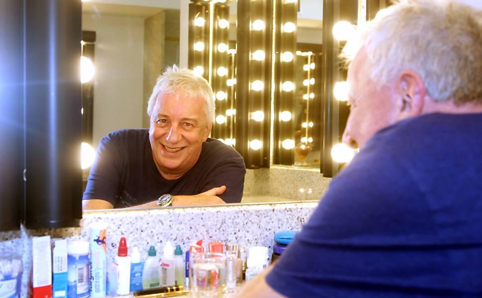 Espetáculo Ubu Rei: Marco Nanini recebe alta, mas volta de peça não é certa https://t.co/YVdB4I0Bcn