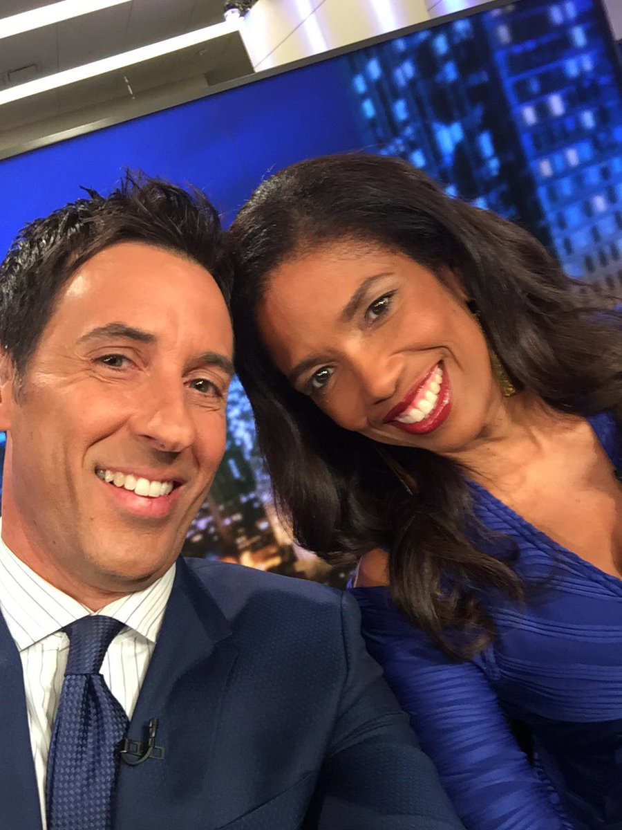 Enjoying sharing the @PTJusticeHLN set with the wonderful @ArevaMartin https://t.co/kWieSN8Nsy