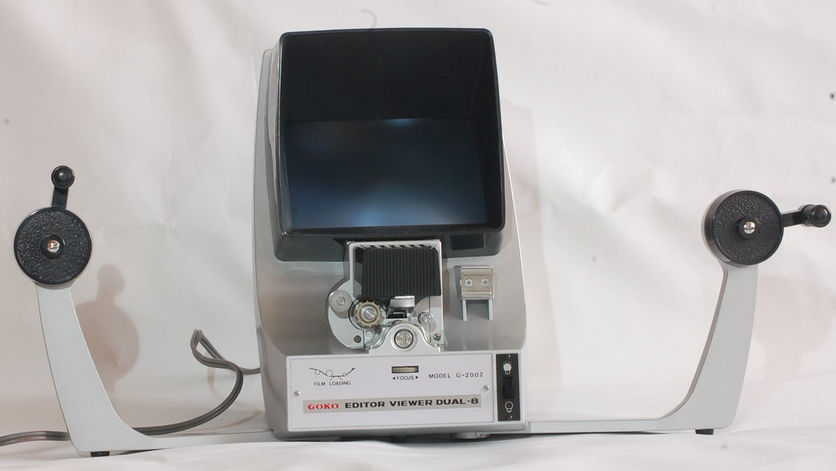 Make an offer! free shipping worldwide! Editor viewer GOKO G 2002 D-8  http://www. ebay.com/itm/Editor-vie wer-GOKO-G-2002-D-8-used-8mm-with-film-splicer-century-vintage-/263015929042?ssPageName=STRK:MESE:IT &nbsp; …  #TPMP  #BacSES<br>http://pic.twitter.com/zV6XDu55gw