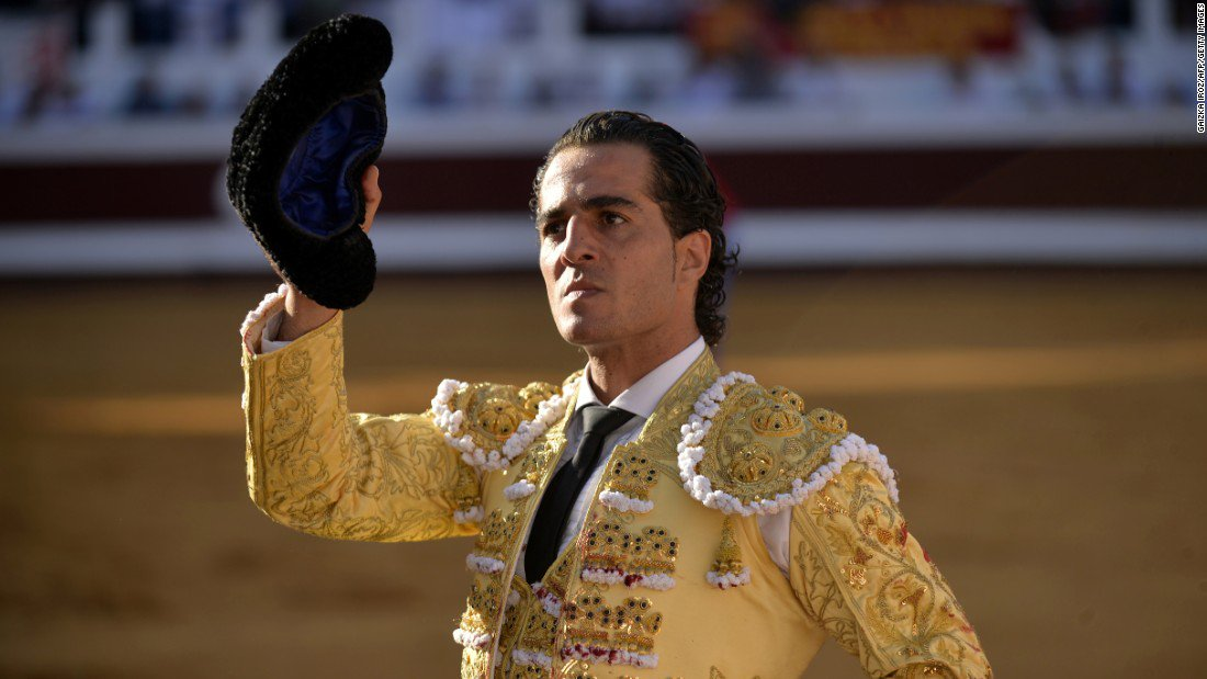 Spanish matador Iván Fandiño died after being gored during a bullfight. Should it affect the sport's future?  https://t.co/5cYRGbMz31