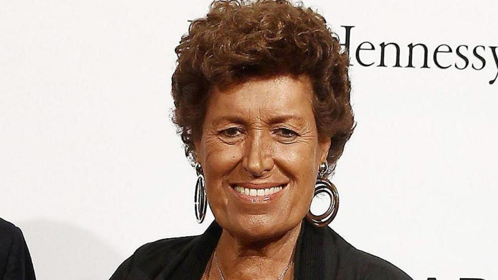 Carla #Fendi passes away at 80. Master of style, classy lady, soul of her family, she was a dear friend. I&#39;ll miss her smile and genius. <br>http://pic.twitter.com/6wZgrQ66Rq