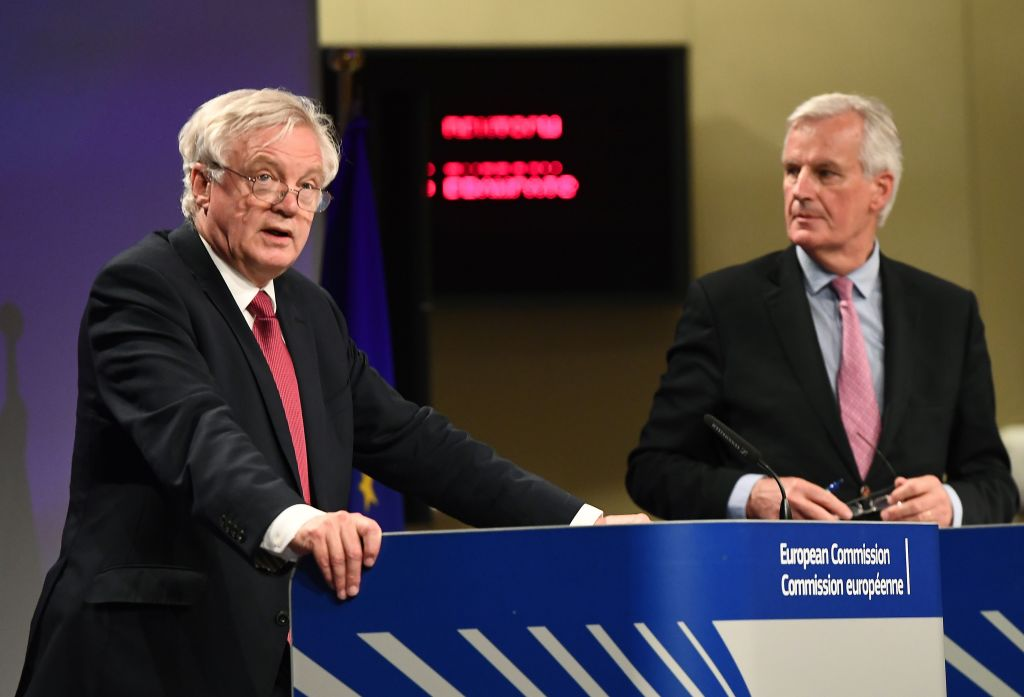 Day one of Brexit leaves Michel Barnier looking cool and David Davis dishevelled https://t.co/YBnKaXPKVg