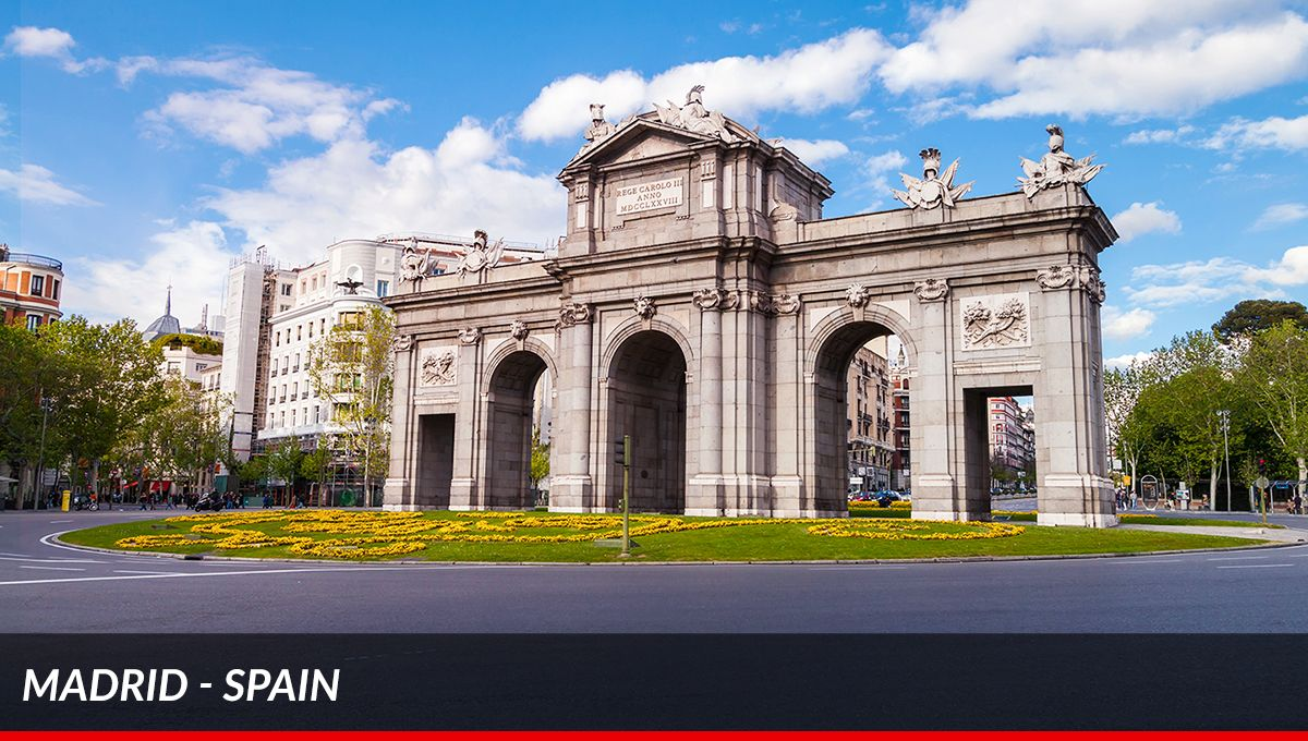 New Spanish landscapes to drive through. #Ferrari #ontheroad <br>http://pic.twitter.com/YTF59coGrL