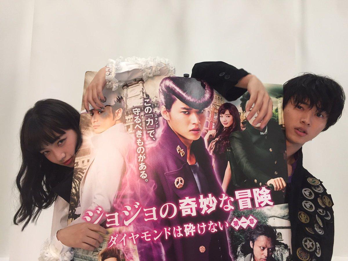 そして、雑誌「装苑」の取材中に山﨑さんと小松さんの2ショットもパシャリ📸雑誌の発売情報はまた後日お知…