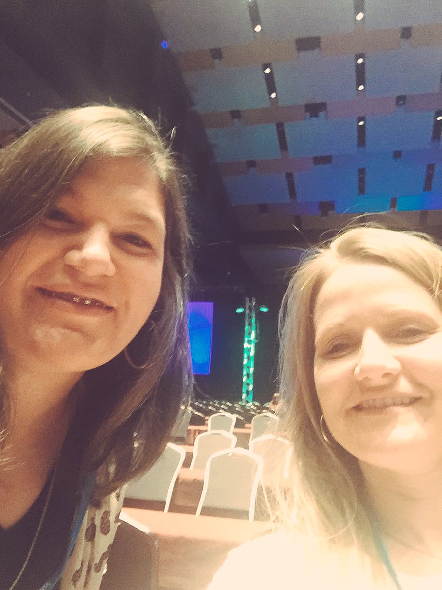 Another summer learning selfie! Ready to learn more about #PLC w/ @SolutionTree #summerselfiebingo<br>http://pic.twitter.com/2znRx2u3tV