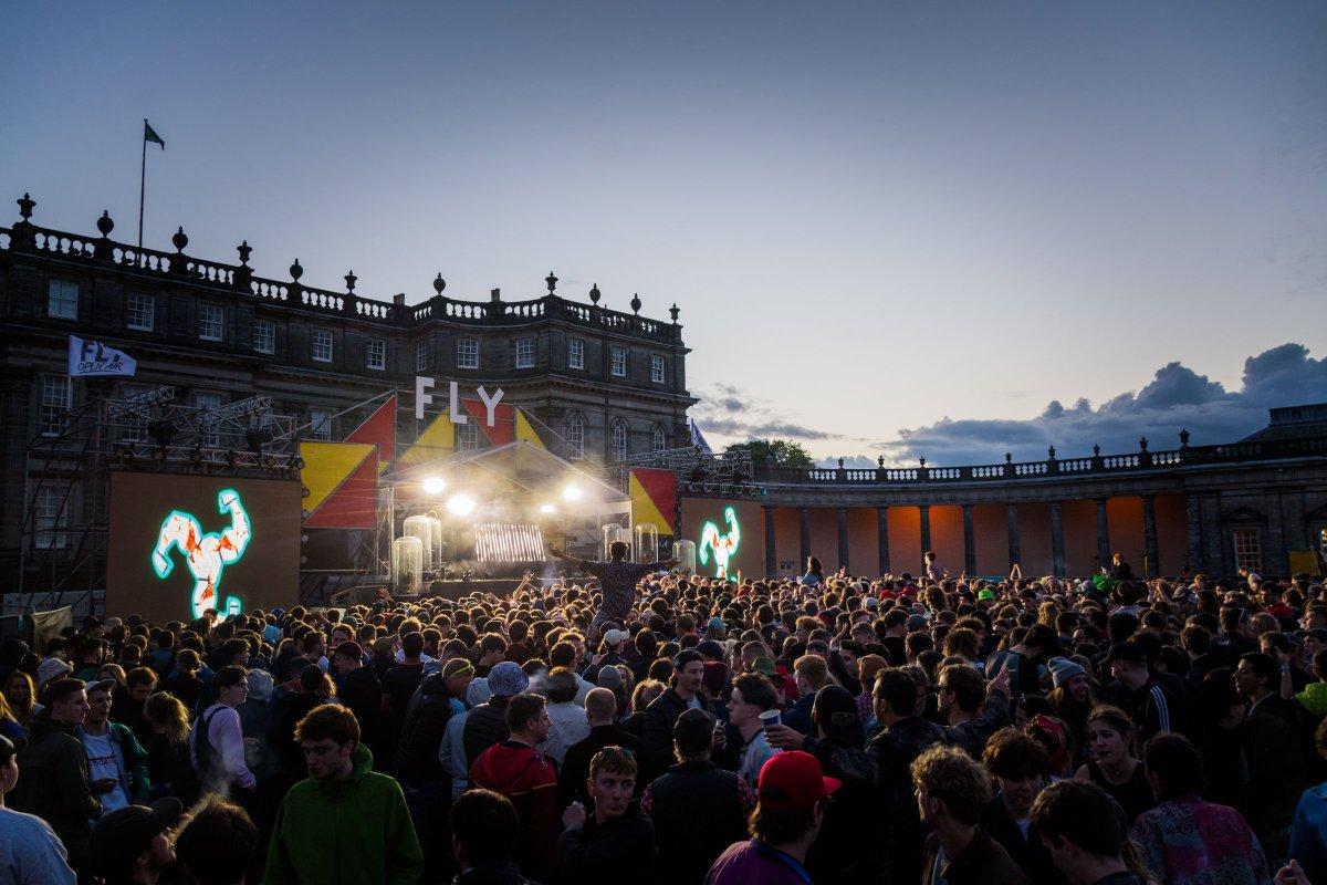 #MLA and @vmeltd conjure up magic at Fly Festival, Edinburgh. Read out more:  https:// martin-audio.com/news/pressrele ase/919 &nbsp; … <br>http://pic.twitter.com/qWkan1bQ19