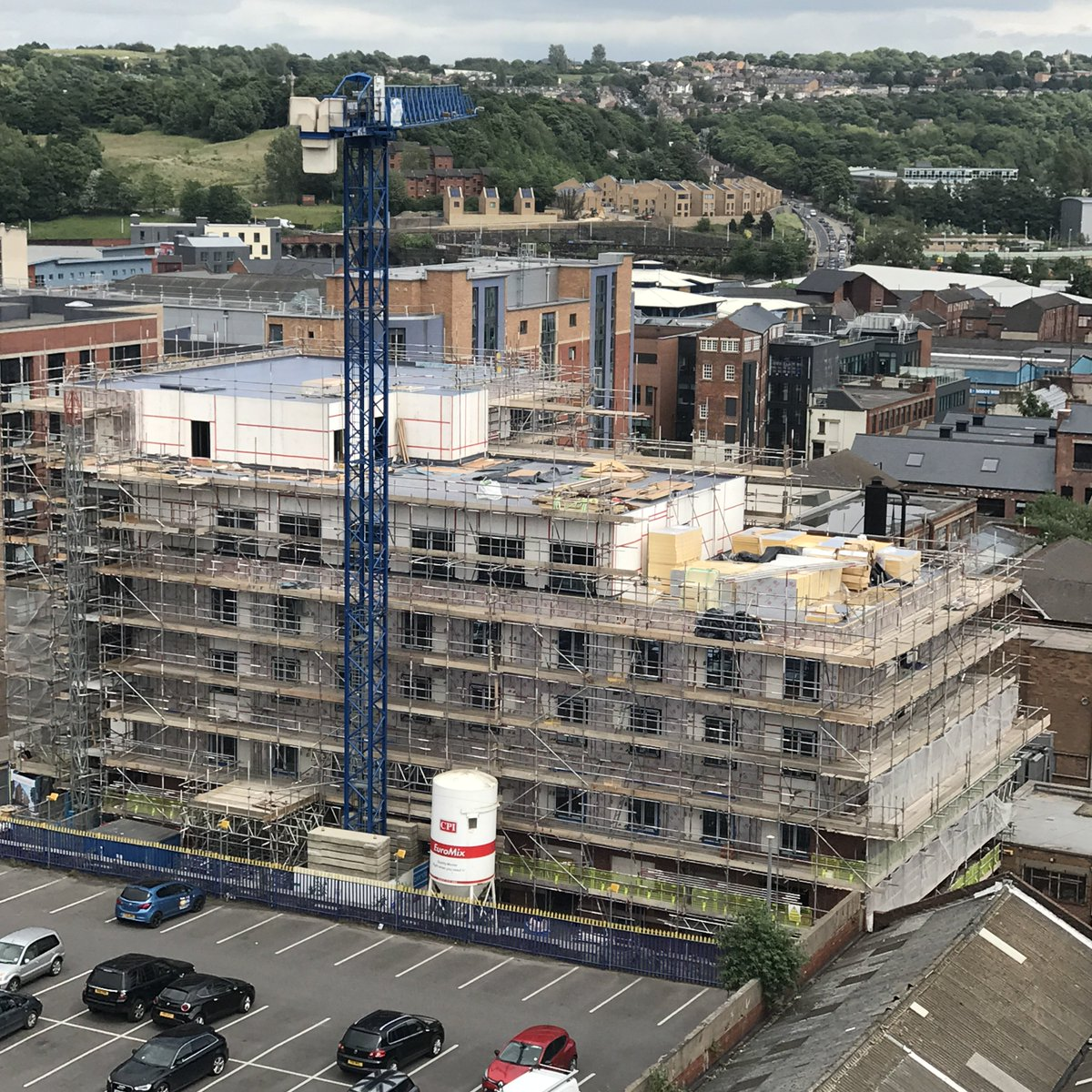 Great #onsite #aerialimagery of Hannah Court #StudentLiving dev in CIQ #Sheffield @builtbybardsley @CurtinsConsult #Construction #architects<br>http://pic.twitter.com/WZfwCwtW7l