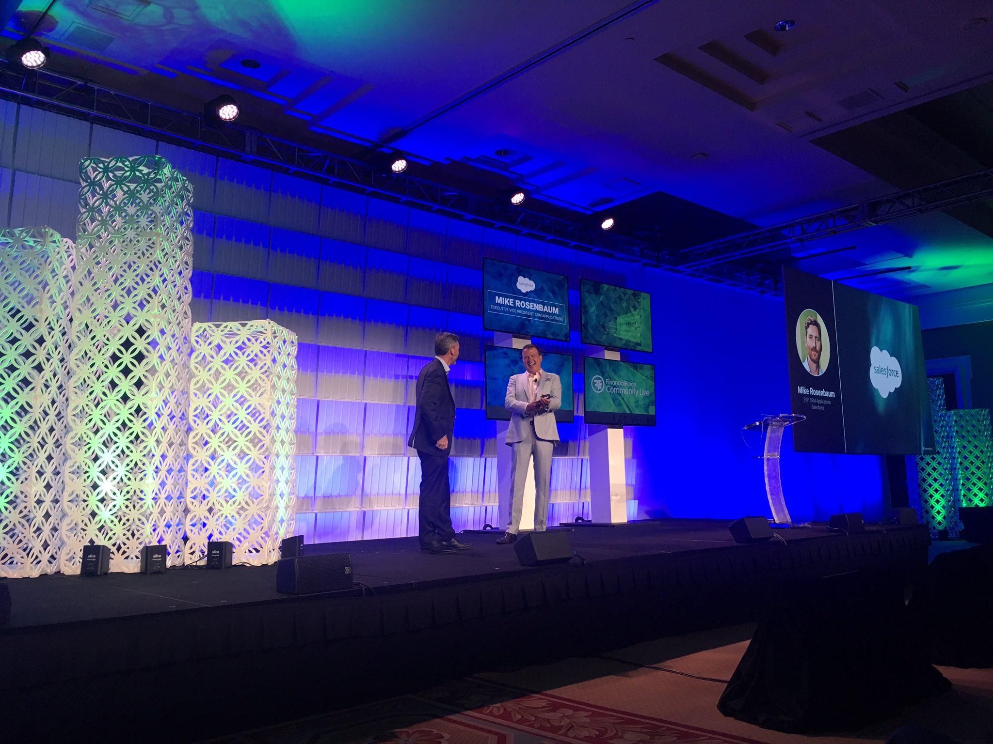 Mike Rosenbaum, EVP CRM Applications @salesforce, joins Tod Nielsen on stage. #FFComm17 https://t.co/E8sC8R0oNJ