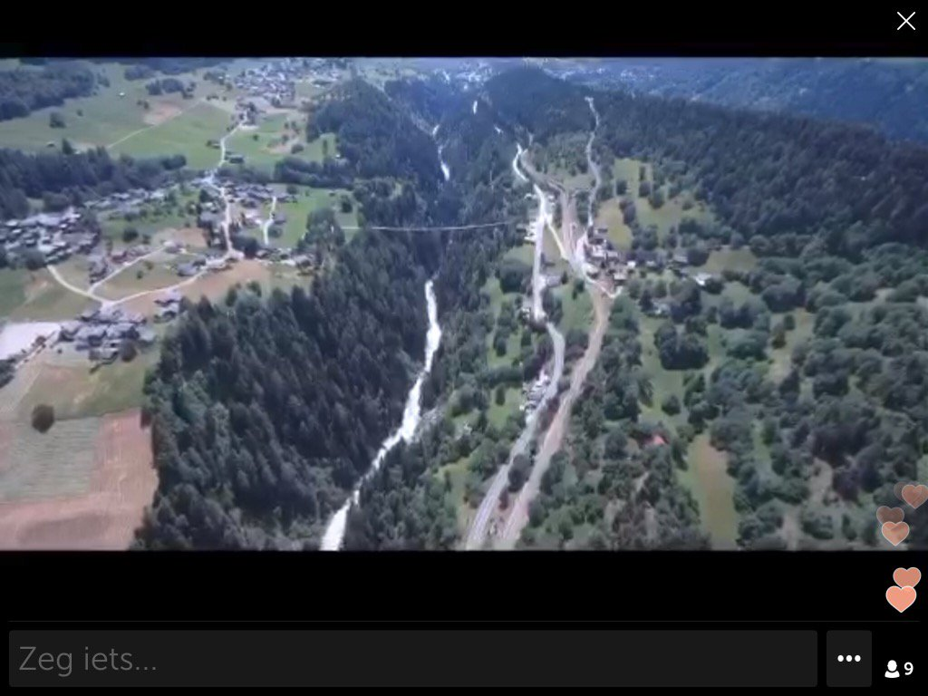 .@Maxidom42 op #Periscope : drone flight #Goms #Valais #Switzerland @periscopetv  https://www. pscp.tv/w/bBfAZTEzMTE2 NzY0fDF5cEpkclFSRU5MS1femDCsNMWJJf7cYRG473FHsvIHtih7dKBIUQ83rgHy_A== &nbsp; … <br>http://pic.twitter.com/WwgksRYgct