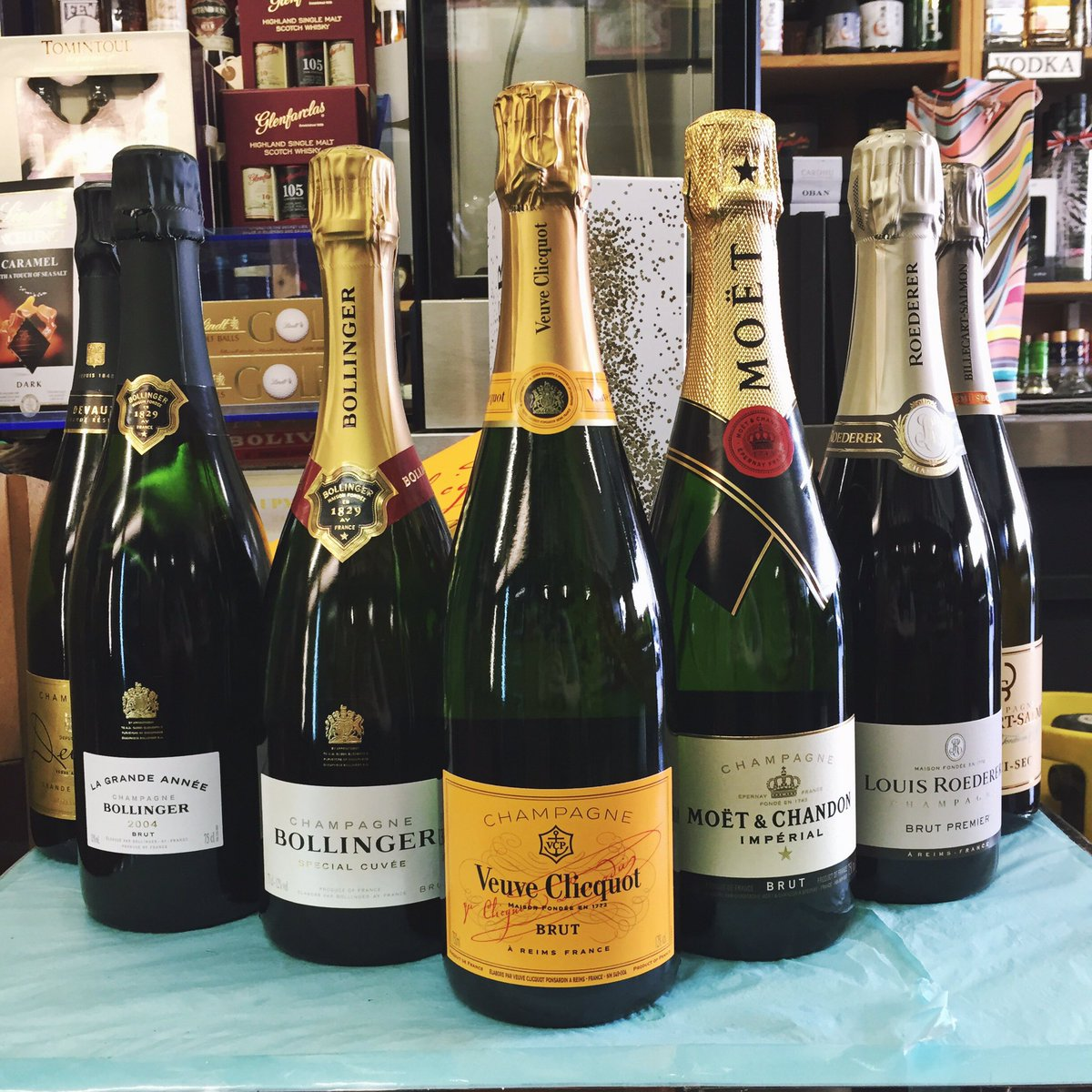 All of these fabulous #champagnes (and more!) are on offer this #grad week!<br>http://pic.twitter.com/GtNioTVY3i