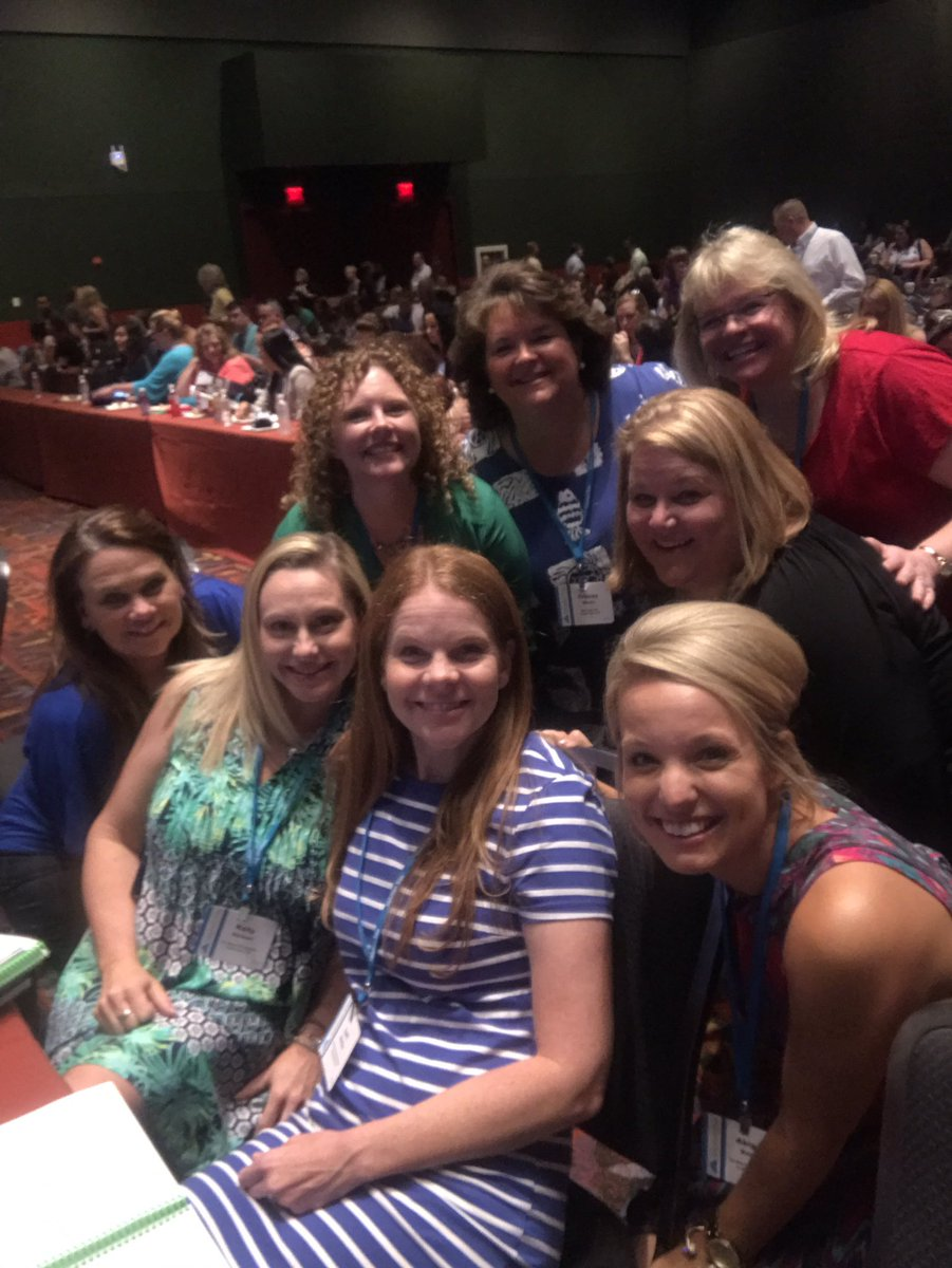 Look at this awesome #storyofmason team learning 2gether! #PLC #better2gether #myLISD Thank you @LeanderISD 4 the gift of learning!<br>http://pic.twitter.com/GENry5UQbx