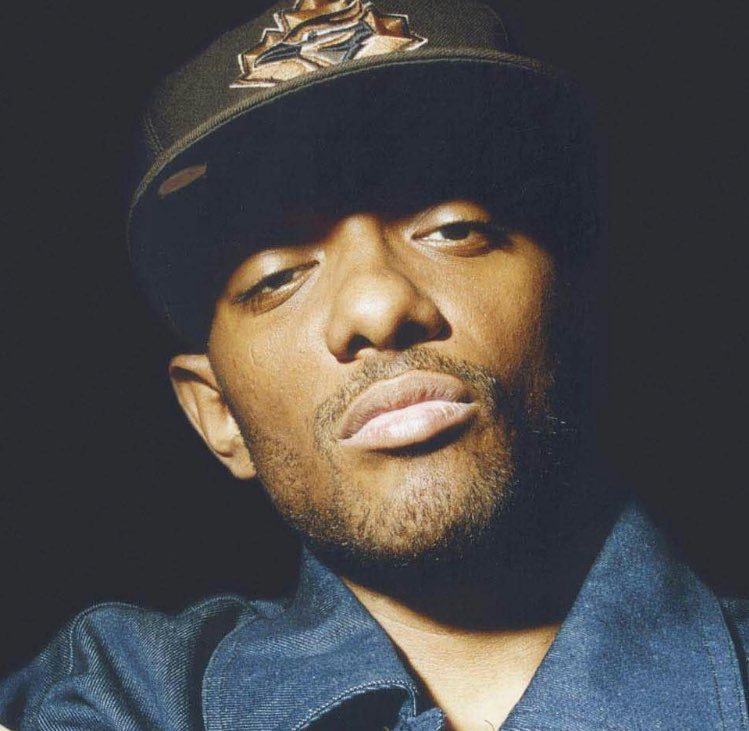 Prodigy of Mobb Deep has passed away at age 42. #RIP  <br>http://pic.twitter.com/AlcZW7NboQ