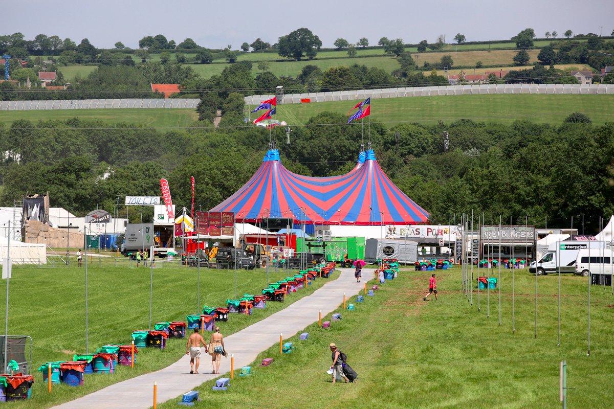 """Glastonbury Twitter: Glastonbury Festival On Twitter: """"Please Pack Light"""