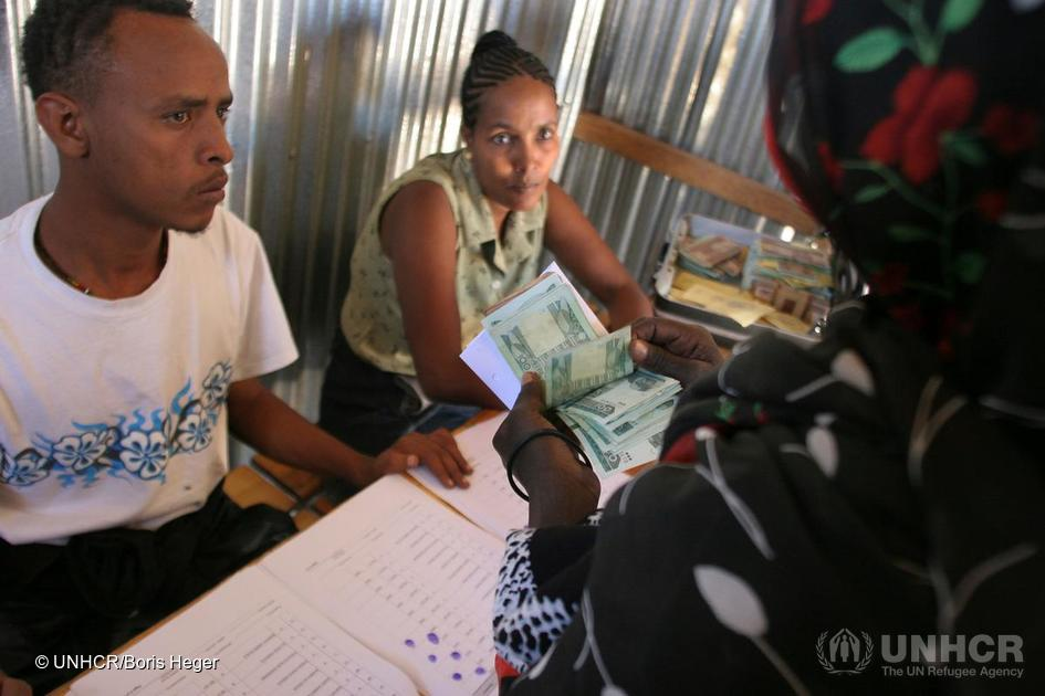 On #RefugeeDay  #UNCDF &amp; #UNHCR launch #financialinclusion fund 2 serve #Refugees &amp; #forciblydisplaced  http:// ow.ly/PlOU30cKOQ5  &nbsp;   #WithRefugees <br>http://pic.twitter.com/eXVfXEwu20