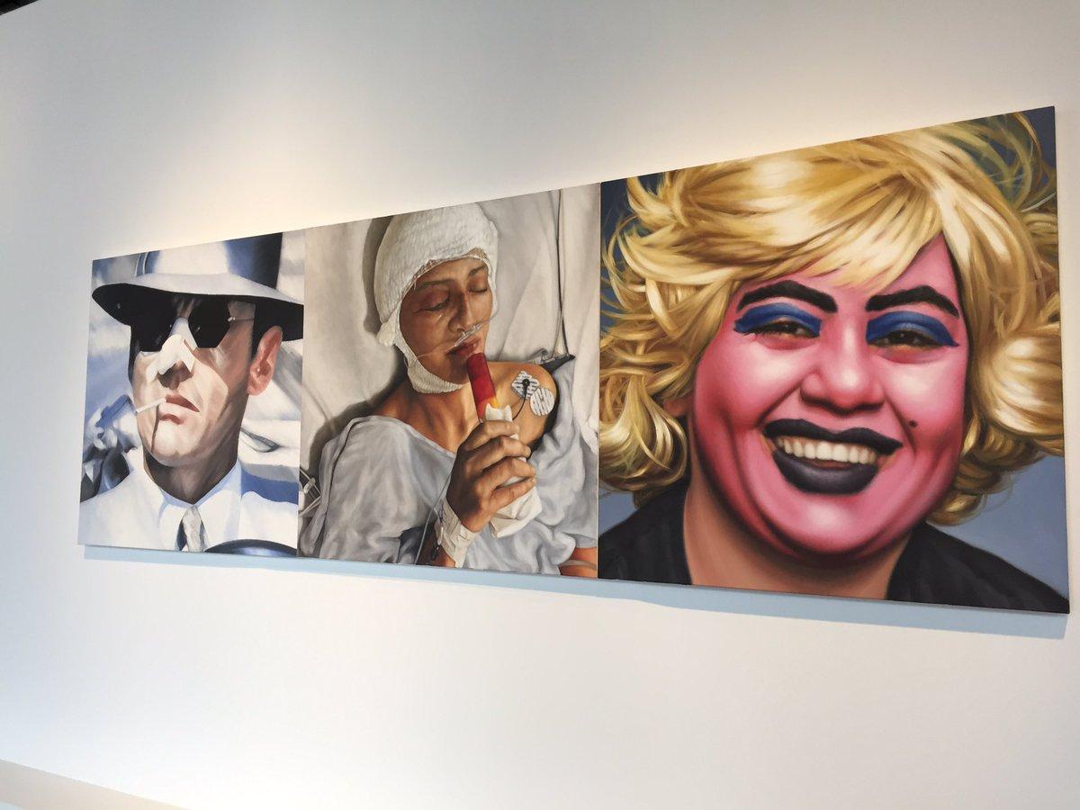 Vista de diversas pintura de la muestra Dear Painter, Paint Me