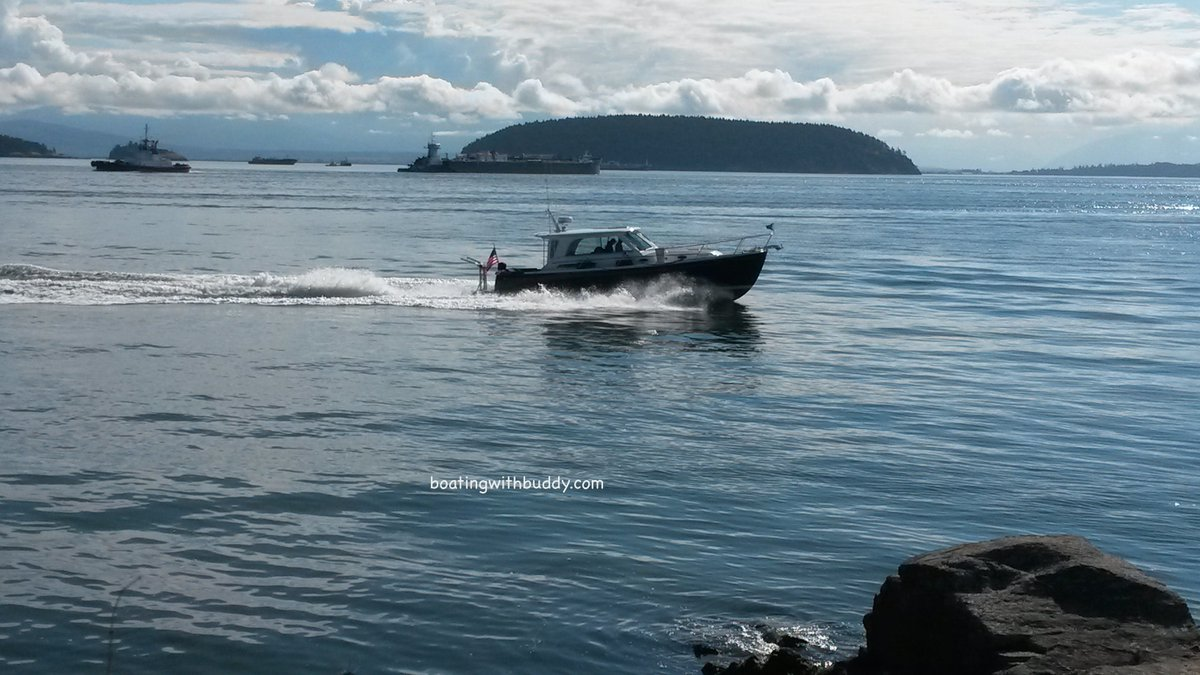 See Best places to #boat with #dogs in the Pacific NW- a Kindle eBook:  http:// amzn.to/2pZrTK3  &nbsp;   (pic is looking east from Fidalgo #Island) <br>http://pic.twitter.com/cstfTuy20r