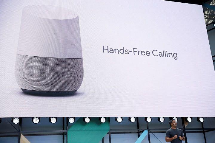 LINE、GoogleのクラウドAI戦略を比較してみた スマートスピーカー競争の裏にある本当の競争、クラウドAIで勝つのはア マゾンか、グーグルか、LINEか https://t.co/0quDtkk9ZW  #googlehome #LINE #AmazonEcho #人工知能