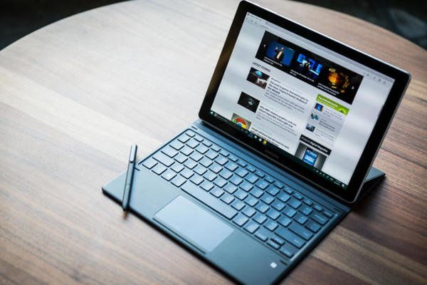 test Twitter Media - Samsung Galaxy Book review: An excellent 2-in-1 for a good price https://t.co/rSJu1buWou https://t.co/i1iLk6Og3R