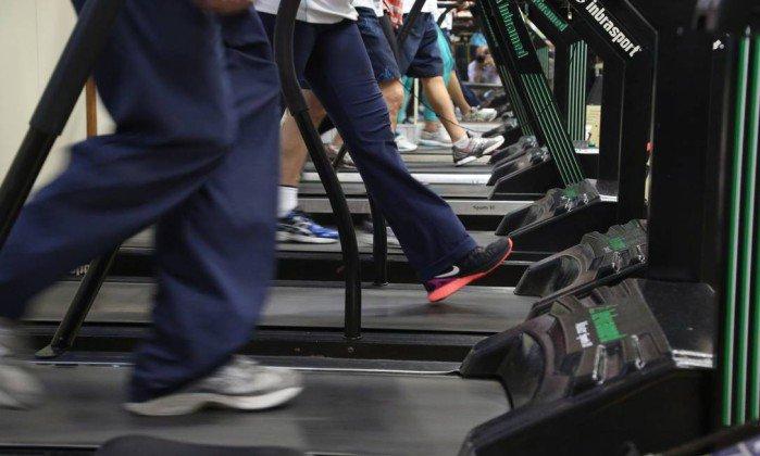 Jovens de 19 anos são tão sedentários quanto idosos de 60. https://t.co/MZUVxGSfDJ