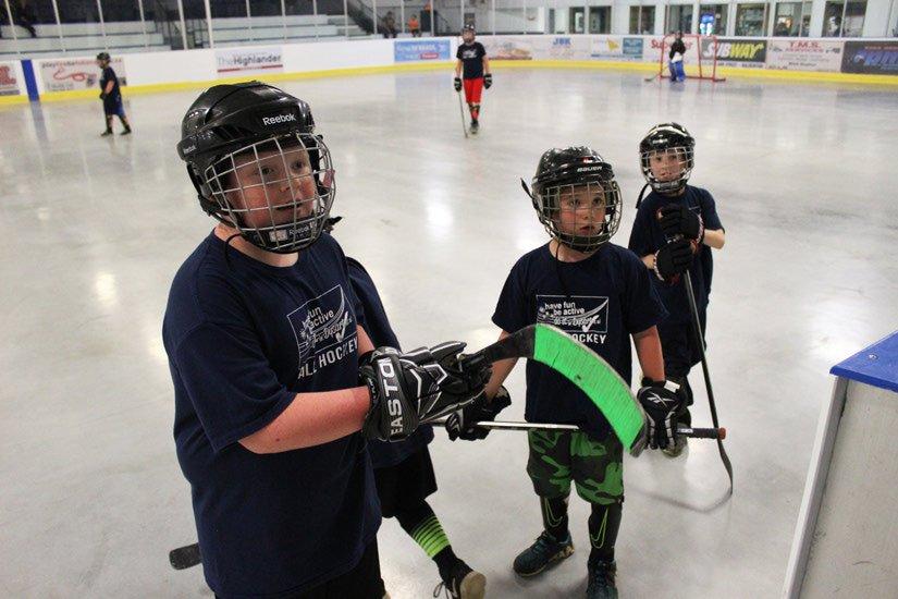 Program extends hockey season  http://www. haliburtonecho.ca/program-extend s-hockey-season?id=880 &nbsp; …  #ballhockey #recreation @Dysartonline<br>http://pic.twitter.com/IHq11Arac2