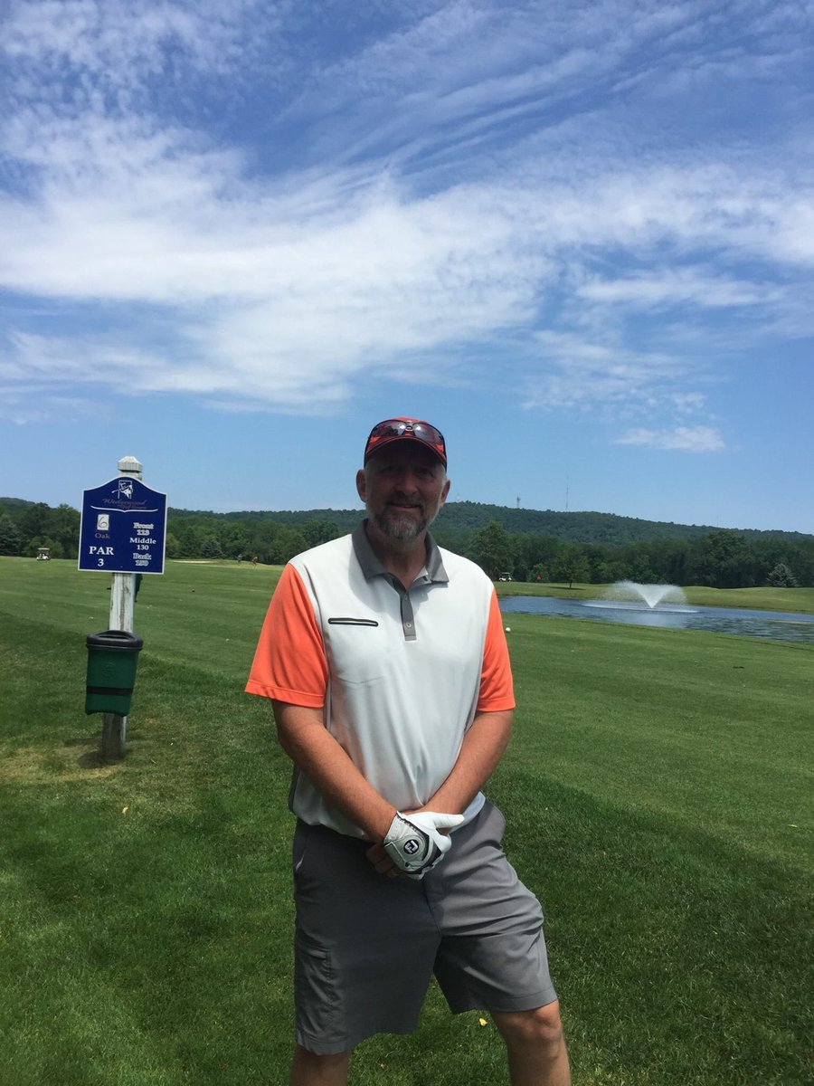 Psu Lehigh Valley On Twitter Brian Exton Psu Lv Golf Coach Sinks A Hole In One At Wedgewood S Oak Course Hole 4 Psulvlife Pennstatelvathl