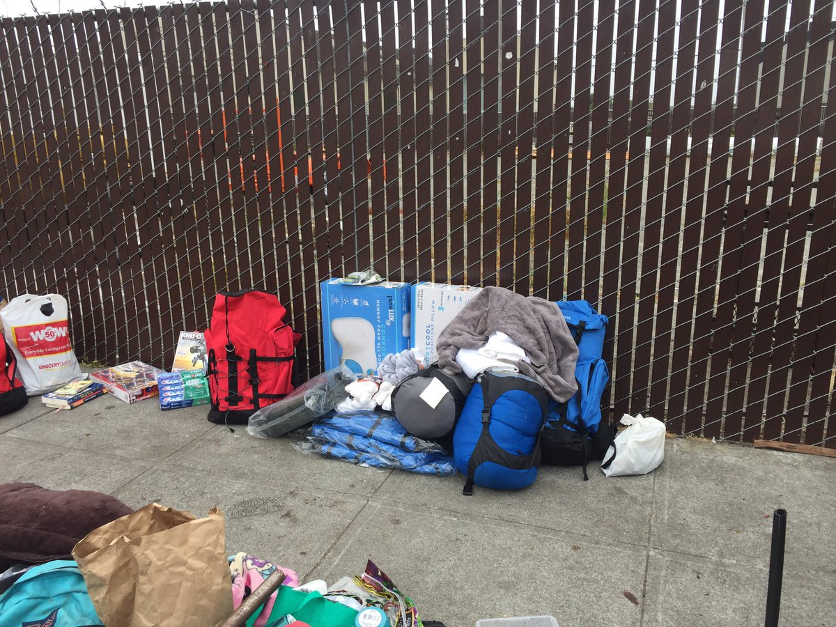 Toys For The Homeless : Steve watson on twitter quot earl had the property including