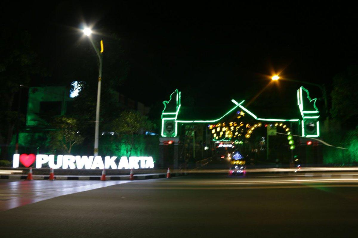 Twitter À¤ªà¤° Pariwisata Purwakarta Assalamualaikum Sampurasun Mau Jalan2 Mau Santai2 Mau Nongkrong2 Purwakarta Punya Tempat Yg Kece Seperti Taman Pembaharuan Https T Co Wnmgnoxr5e