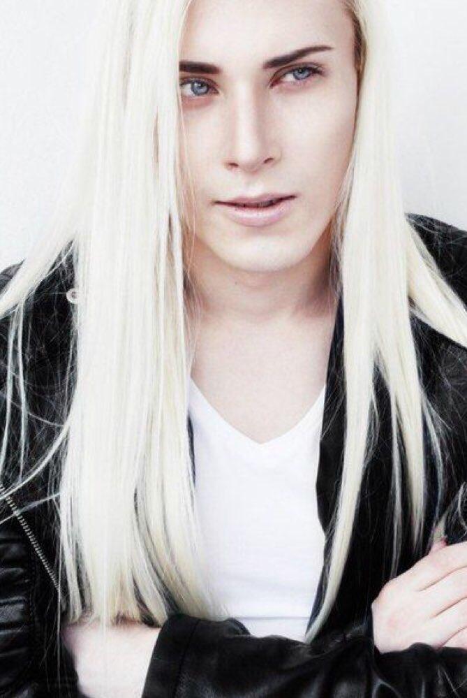 美し過ぎるロシアの男性モデルValery Kovtunのエルフ姿が予想以上にエルフでツライ
