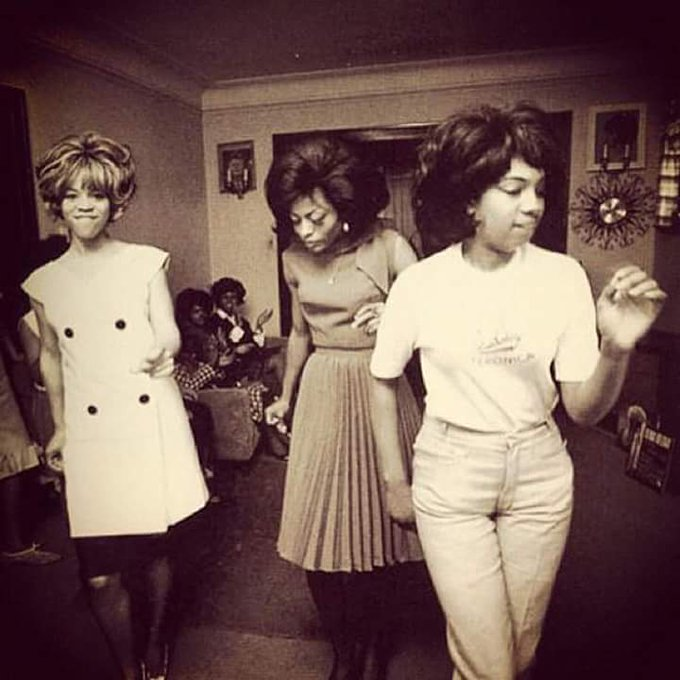 I want to say Happy belated birthday to Florence Ballard\ s family. I am always thinking of Florence.