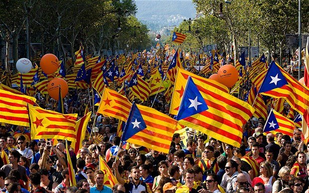 NEWS/ #Catalogna Coalizione al potere a #Barcellona: in caso di 'sì' al referendum 'indipendenza immediata'.