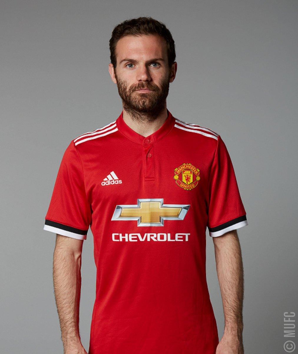 30b7e6cb Manchester United on Twitter: