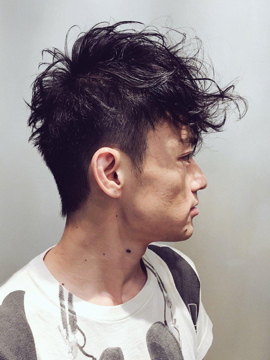 前髪の長さにあわせて後ろのボリュームをコントロール!! メンズ刈り上げ メンズパーマ 髪切りたい  カッコイイショートpic.twitter.com/Cu2wz2V7X5