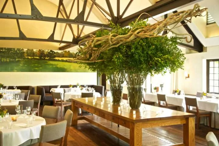 ... Best Restaurants Http://www.telegraph.co.uk/luxury/travel/blue Hill  Stone Barnspocantico Hills New York Restaurant Review/  U2026pic.twitter.com/CvcUnmNy93