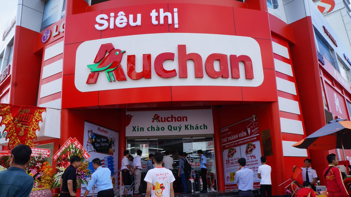 auchannews on twitter le 12 me magasin auchan au vietnam a ouvert aujourd 39 hui. Black Bedroom Furniture Sets. Home Design Ideas