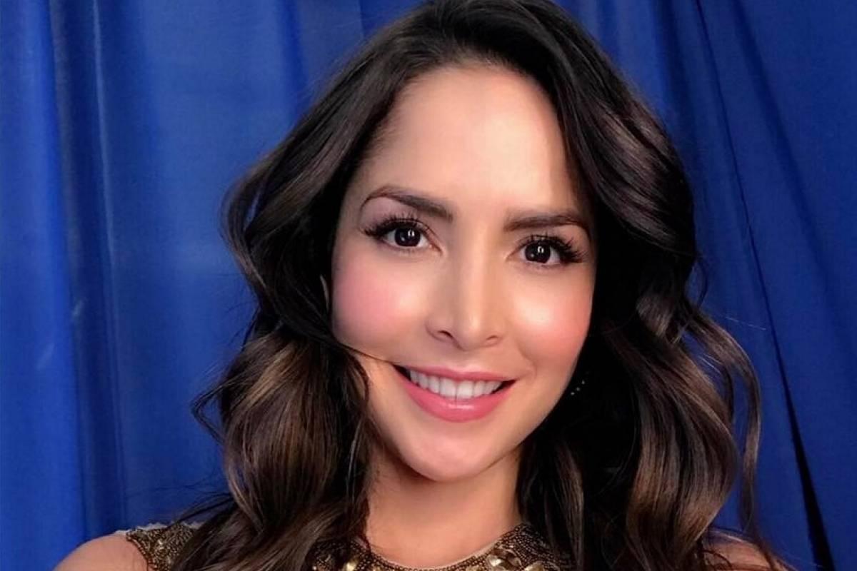 L'attrice colombiana Carmen Villalobos festeggia il compleanno ballando su Instagram
