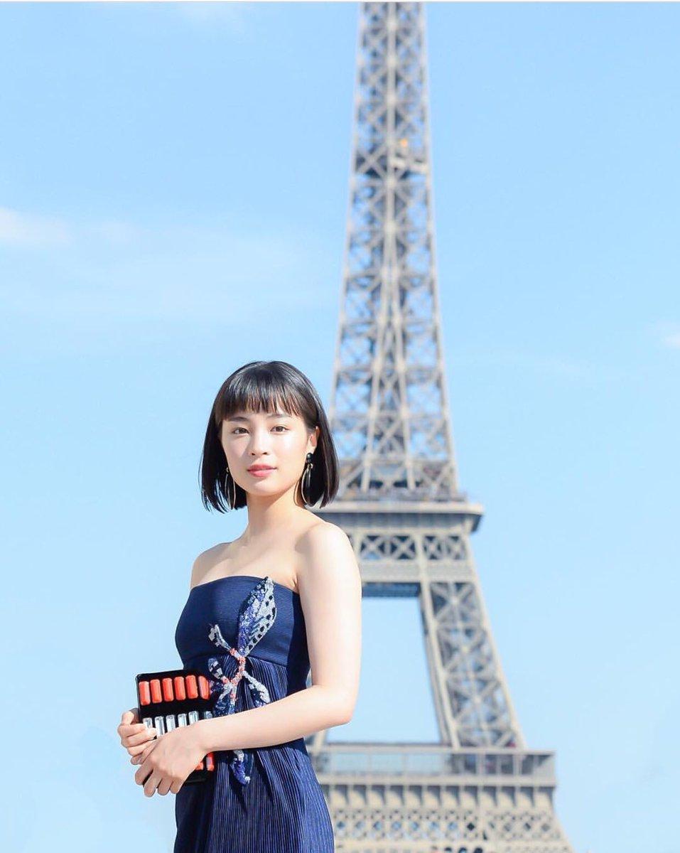 YxGGumlpWKmup 【芸能】広瀬すず、色気溢れるドレス姿でパリ降臨