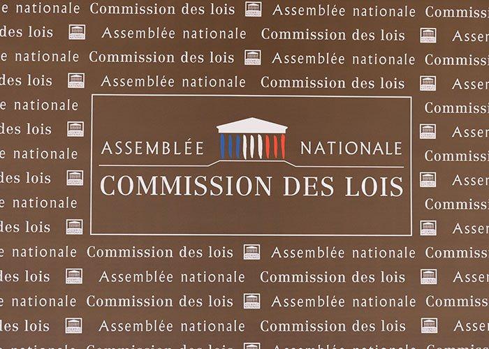 Elle sèche l'Assemblée tous les mercredis : Matignon catastrophé par l'amateurisme d'une députée En Marche >> https://t.co/bHa924erna