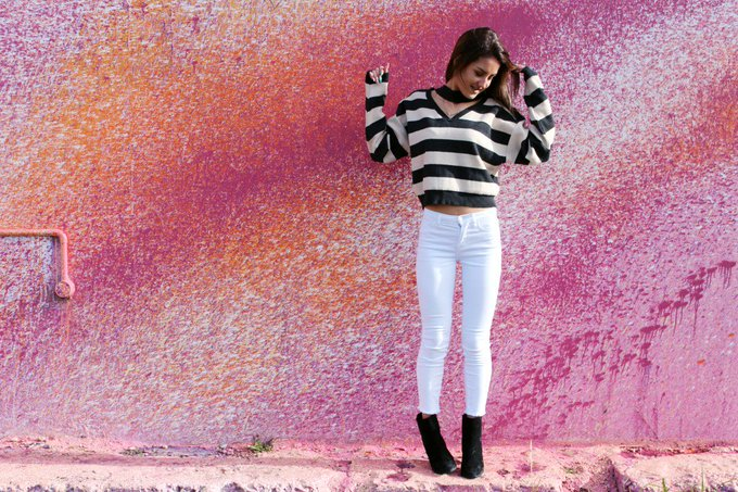Outfit : Splash Of Stripe