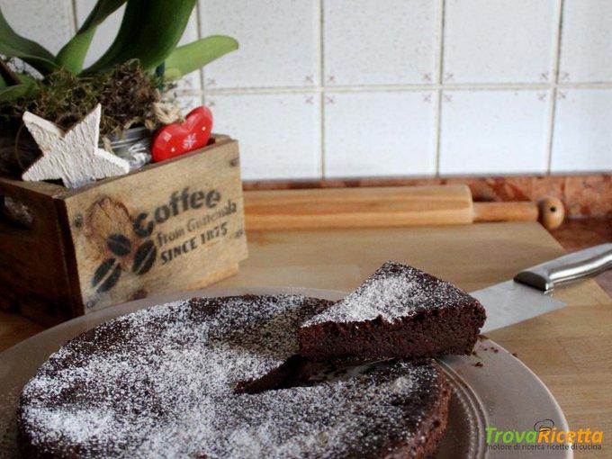 Torta di gelato al cioccolato