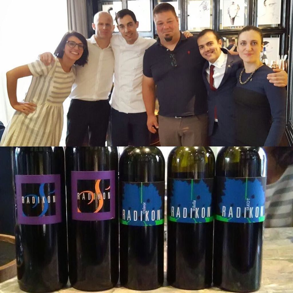 Morning tasting with Sasa Radikon!!! @sasaradikon @dynamic_vines #ferasommteam #ribollagialla #orangewine #jakot #… http://ift.tt/2sJLDUF
