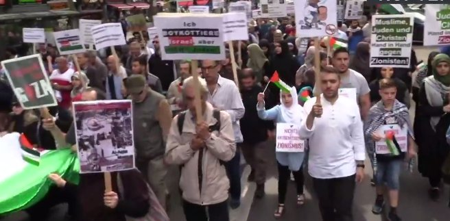 LIVE: Pro-Palestinian Al Quds Day rally takes place in Berlin
