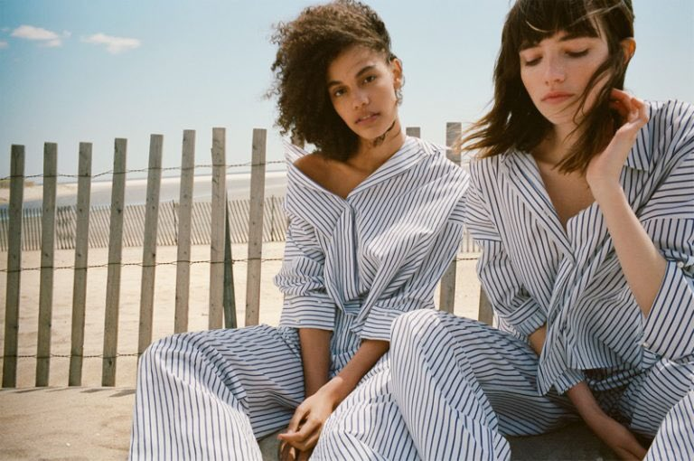 #Zara launches &#39;blue shades&#39; #trends guide for the summer 2017  http:// bit.ly/2s3oyKo  &nbsp;   #fashion #style #designer<br>http://pic.twitter.com/XneUco6uWT